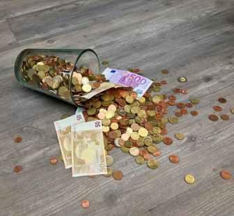 bills capital cash cent